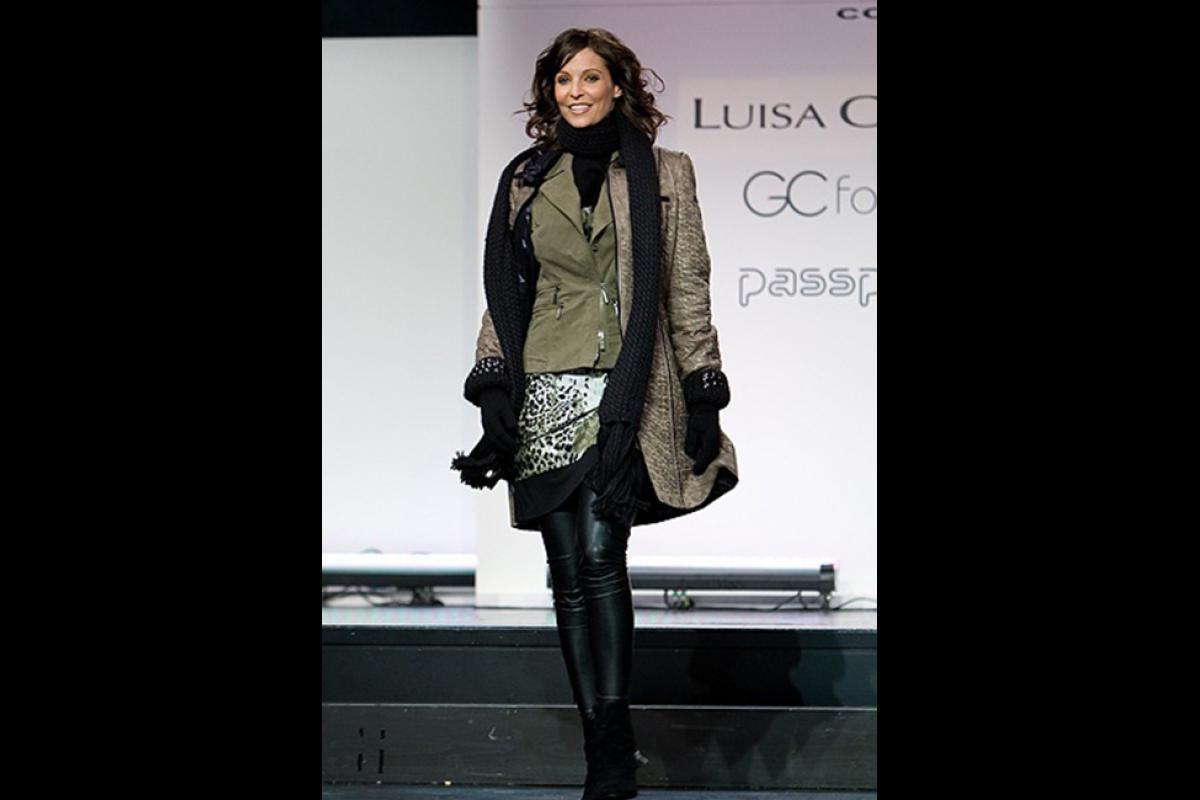 10-Anita Buri Catwalk Cecile