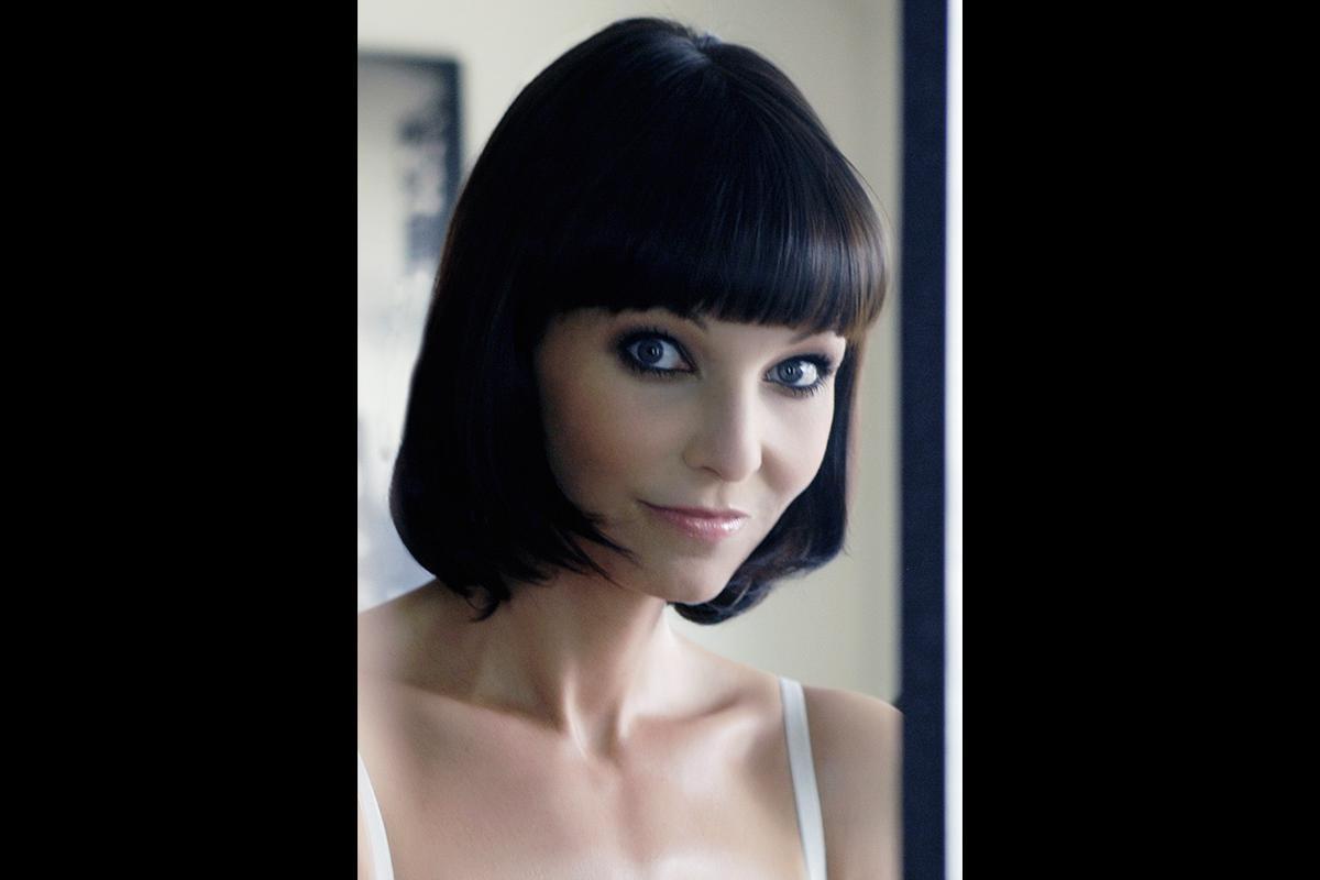 21-Anita Buri Beauty