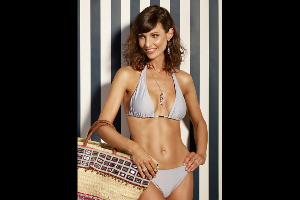 06-Anita Buri Body