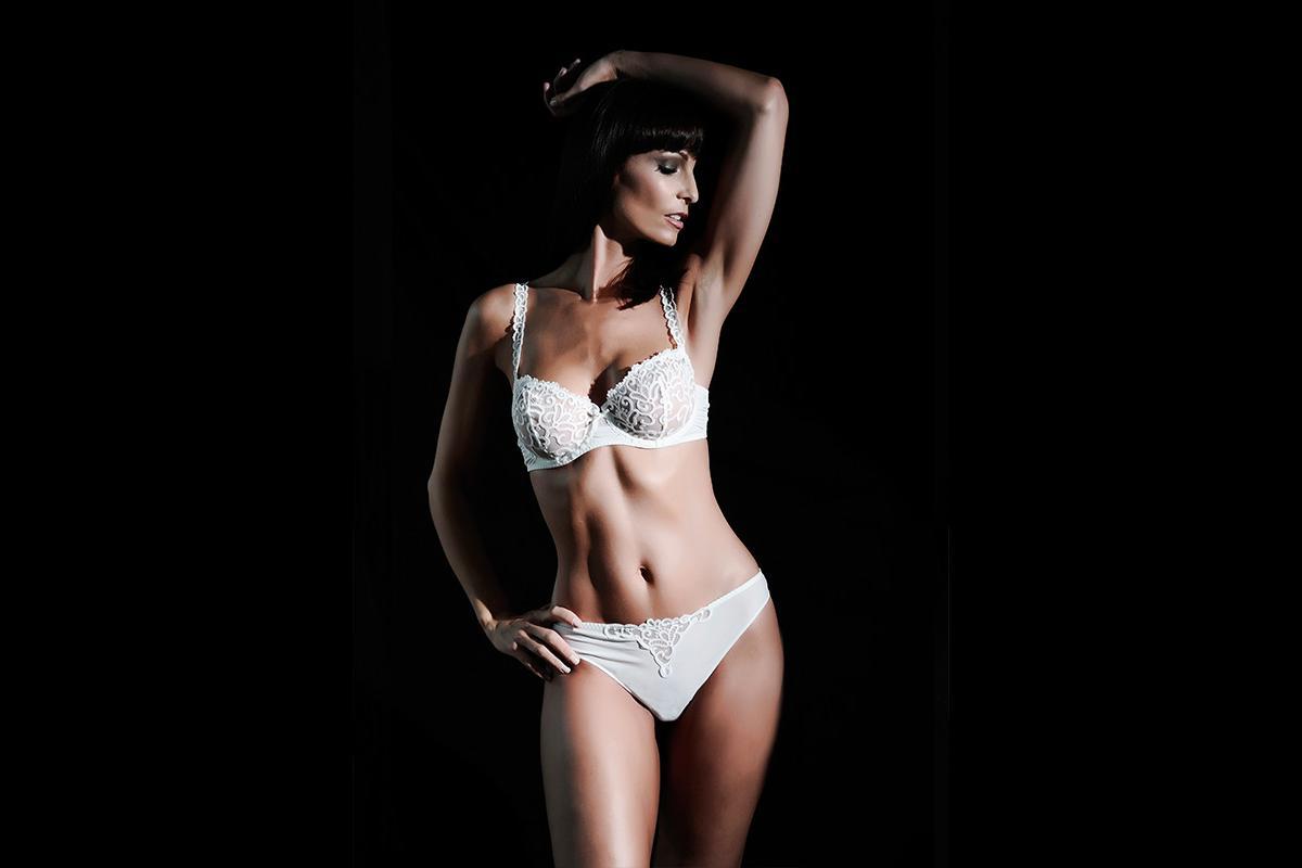 08-Anita Buri Body