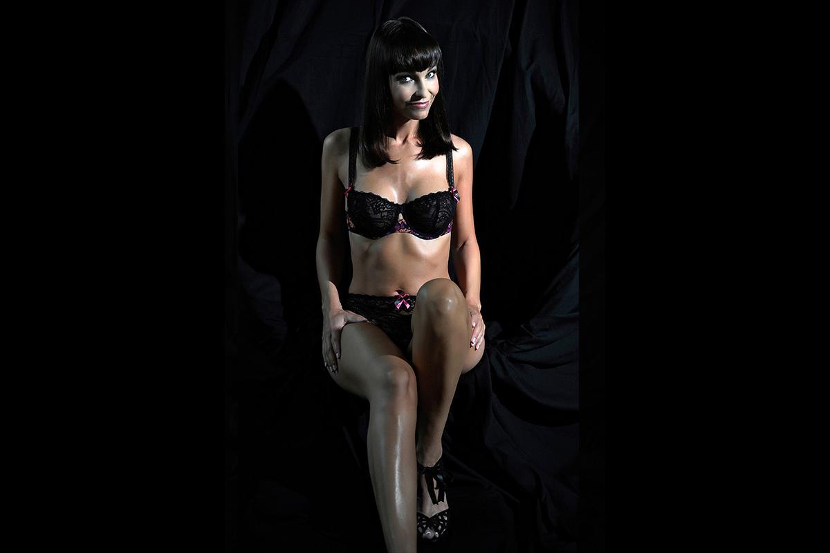 11-Anita Buri Body