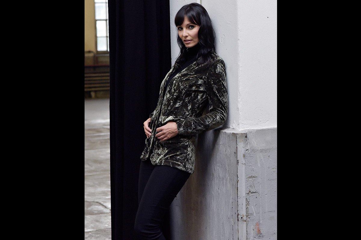 001-Anita Buri Fashion