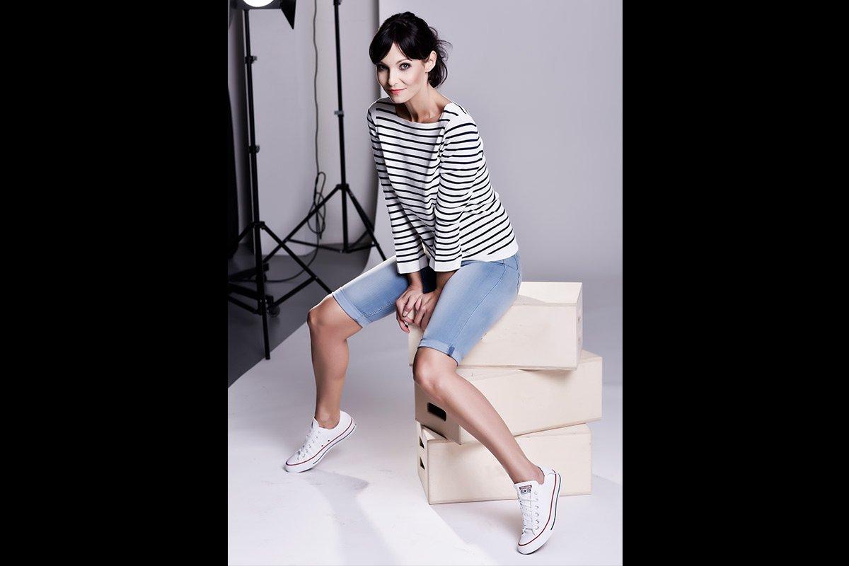 003-Anita Buri Fashion