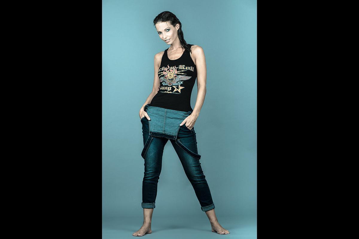 19-Anita Buri Fashion