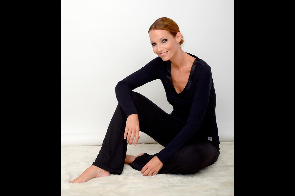 36-Anita Buri Fashion