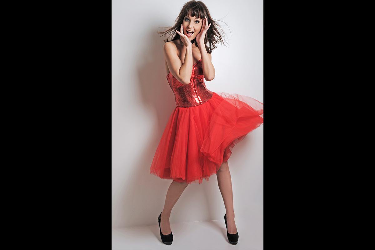 26-Anita Buri Fashion