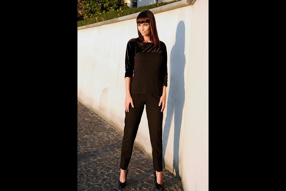 32-Anita Buri Fashion