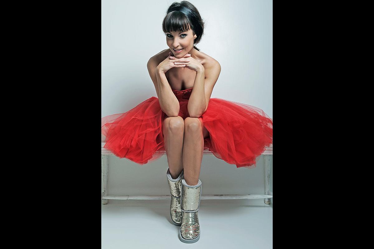 29-Anita Buri Fashion