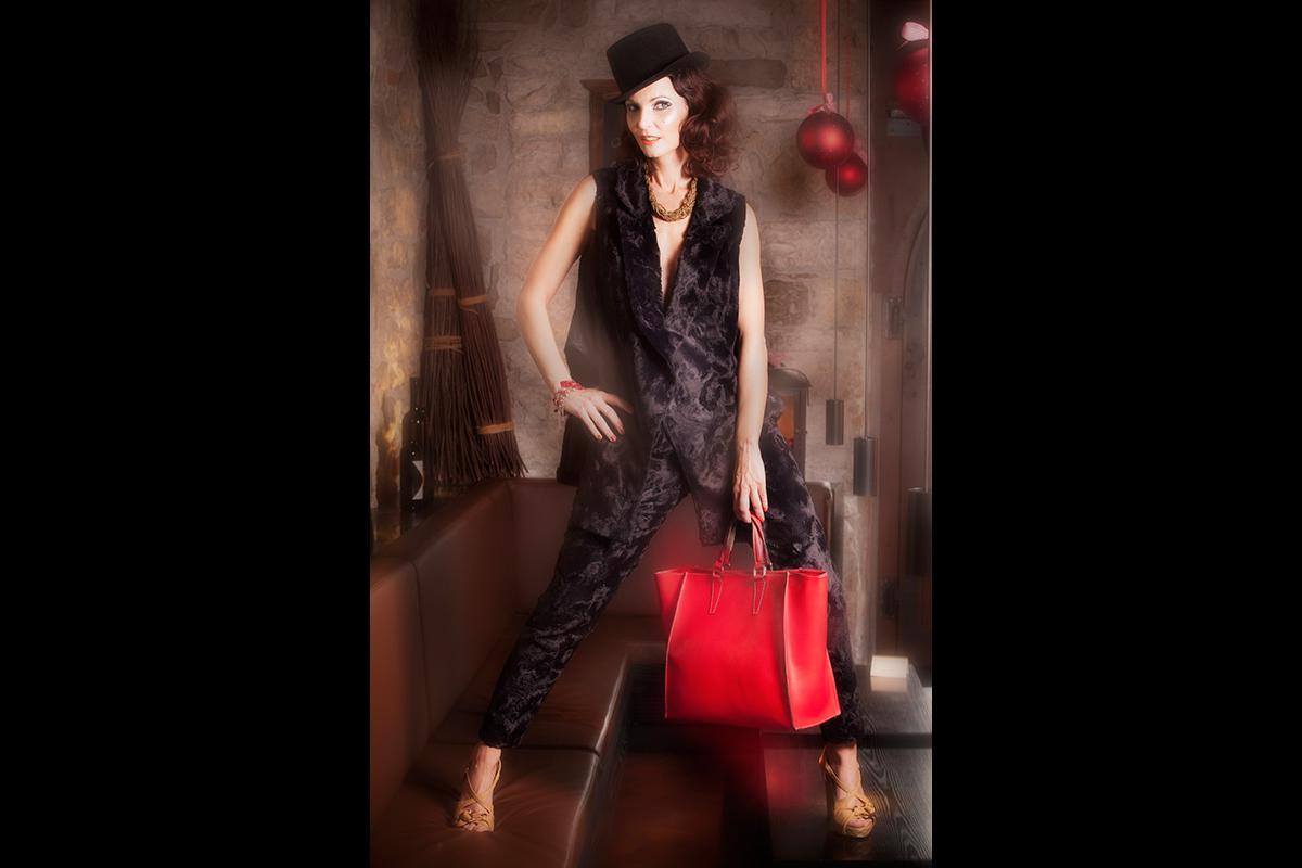 06-Anita Buri Fashion